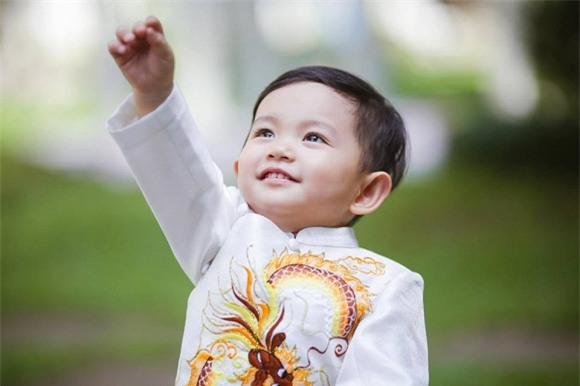 Con trai Khánh Thi, con trai Phan Hiển - Khánh Thi, Khánh Thi