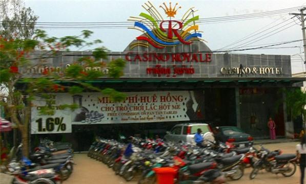 Bi chat hai dot ngon tay tai song bac Campuchia hinh anh 1
