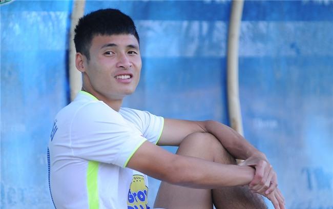 Cầu thủ Lê Trung Hiếu thuộc biên chế CLB HAGL. Tuy nhiên, đội bóng phố núi hiện cho Đắk Lắk mượn Trung Hiếu để thi đấu hạng Nhất và Cup Quốc gia 2017.