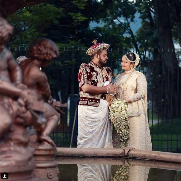 Cùng ngắm 17 bộ áo cưới truyền thống tuyệt đẹp trên toàn thế giới - Ảnh 7.