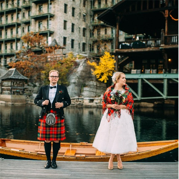 Cùng ngắm 17 bộ áo cưới truyền thống tuyệt đẹp trên toàn thế giới - Ảnh 11.