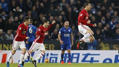 Niềm vui của Ibrahimovic với bàn thắng thứ 15 tại ngoại hạng Anh mùa này