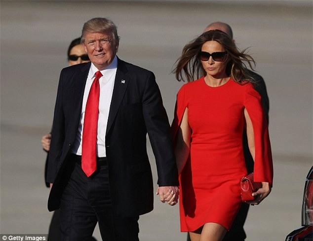 Ông Donald Trump tránh nắm tay vợ nơi công cộng và đây là lý do - Ảnh 4.