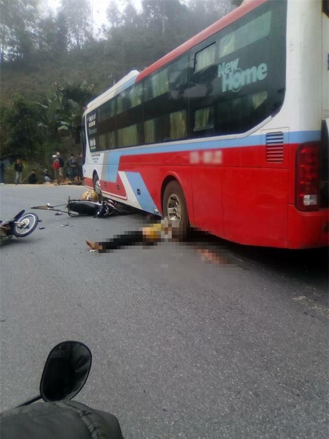 Điện Biên: Một người phụ nữ chết thảm dưới bánh xe khách giường nằm - Ảnh 1.