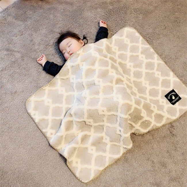 Không chỉ ăn giỏi, bé 2 tuổi người Nhật còn có thể ngủ trên mọi địa hình khiến các mẹ mê mẩn - Ảnh 23.