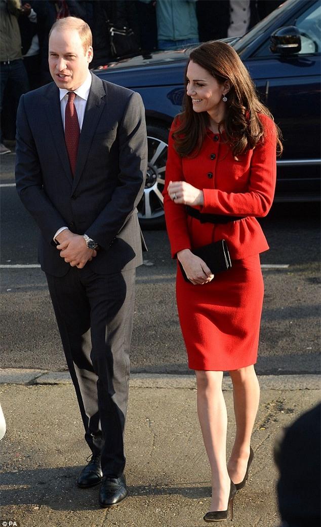 Công nương Kate mặc lại váy cũ từ 7 năm trước - Ảnh 1.