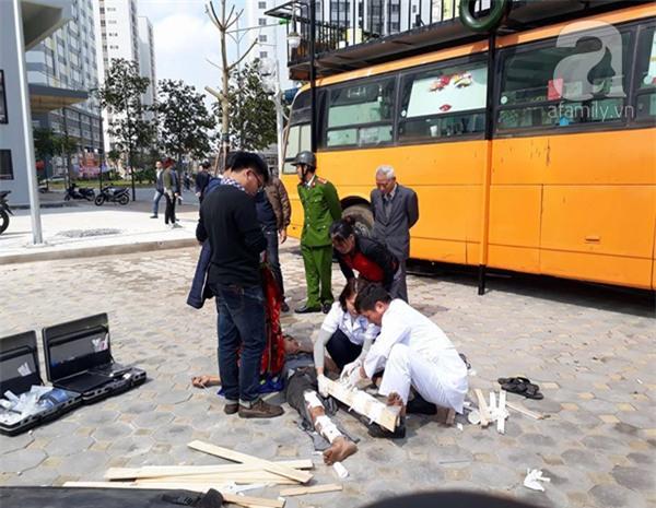 Cắt thùng phuy để trang trí quán cafe xe buýt, 1 người bị thương nặng - Ảnh 2.