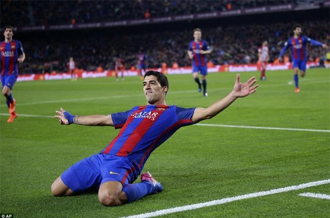 Barca vào chung kết Cúp Nhà vua trong trận đấu có 3 thẻ đỏ - Ảnh 6.