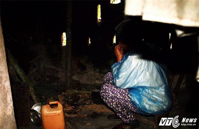Người đàn bà 20 năm bị đám trai làng làm nhục, sinh 7 đứa con hoang - Ảnh 3.