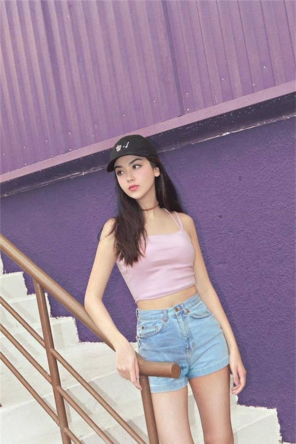 Cô được đánh giá là một người mẫu đầy triển vọng trong tương lai.