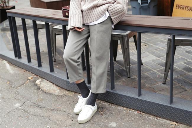 Bí quyết mặc ấm và phong cách cho những ngày đi làm trời đột ngột chuyển lạnh - Ảnh 12.