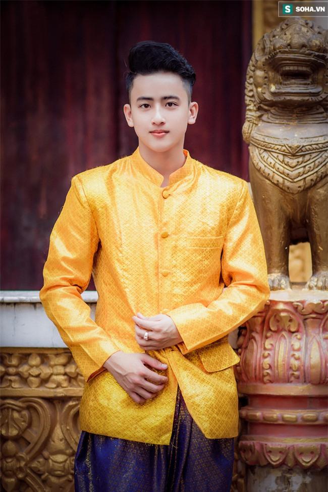 Nam sinh dân tộc Khmer khiến phái nữ rần rần chia sẻ vì quá điển trai - Ảnh 3.
