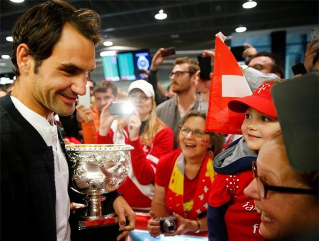 Su nghiep huyen thoai Federer sap len phim hinh anh 2