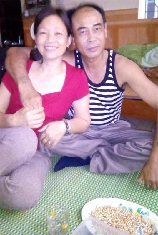2 câu chuyện tình già khiến nhiều bạn trẻ Việt chia sẻ trong ngày hôm nay - Ảnh 2.
