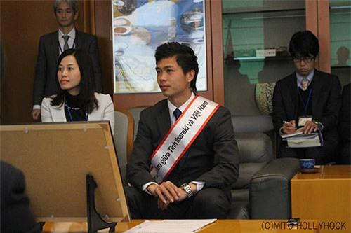 Vụ Xuân Trường sắp thành Đại sứ: Gangwon bất ngờ thăm HAGL ngày mồng Một Tết - Ảnh 2.