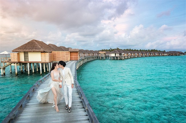 Cặp đôi yêu nhau từ thời tay trắng đến đám cưới bạc tỷ bao trọn resort 5 sao Maldives khi chồng thành đại gia - Ảnh 2.