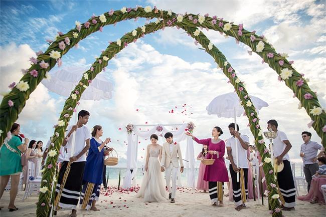 Cặp đôi yêu nhau từ thời tay trắng đến đám cưới bạc tỷ bao trọn resort 5 sao Maldives khi chồng thành đại gia - Ảnh 4.