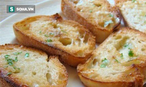 Mỗi ngày ăn 1 - 2 lát bánh mì với dầu ô liu: Những tác dụng mà bạn không ngờ! - Ảnh 2.