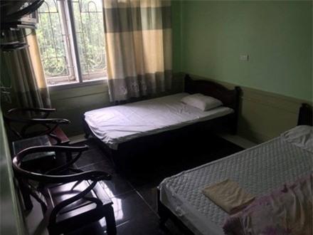 Bên trong căn phòng giá 2 triệu đồng/đêm gần đền Trần