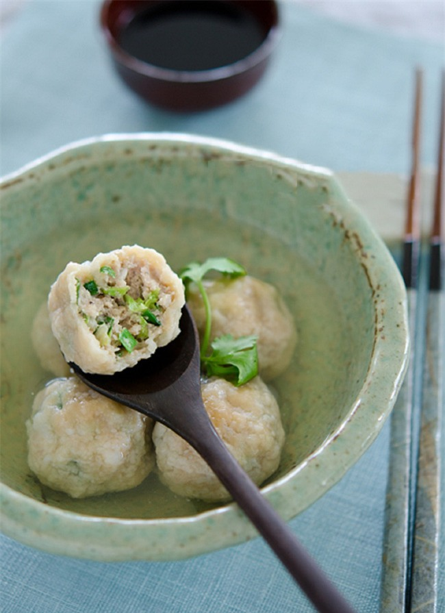 Nóng hổi ngọt thơm món canh thịt viên cải thảo hấp dẫn - Ảnh 6.