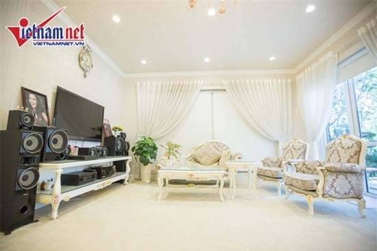 Thăm nhà đẹp phong cách hoàng gia của Hồ Quỳnh Hương - Ảnh 10.