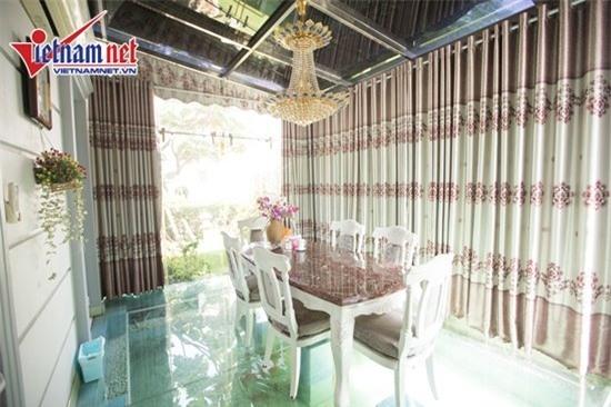 Thăm nhà đẹp phong cách hoàng gia của Hồ Quỳnh Hương - Ảnh 12.