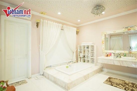 Thăm nhà đẹp phong cách hoàng gia của Hồ Quỳnh Hương - Ảnh 14.