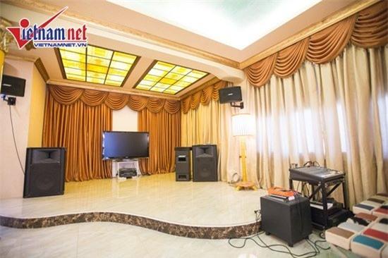 Thăm nhà đẹp phong cách hoàng gia của Hồ Quỳnh Hương - Ảnh 9.