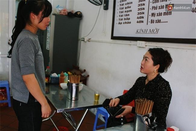 Quyết không tăng giá dịp Tết, nhiều hàng quán ở Hà Nội vẫn thu lợi hơn gấp 10 lần - Ảnh 1.