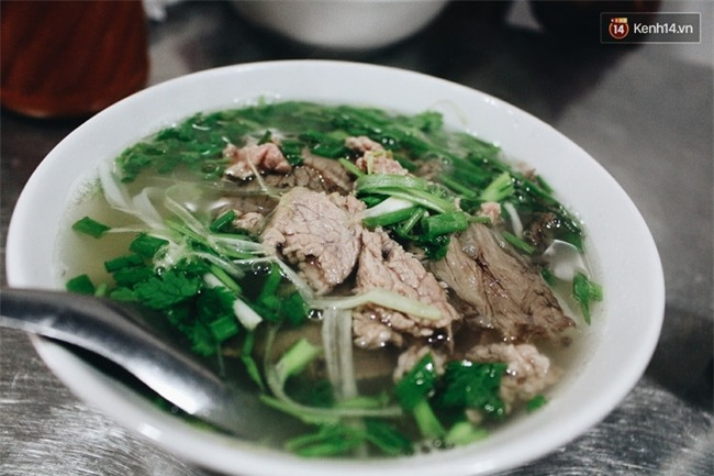 Quyết không tăng giá dịp Tết, nhiều hàng quán ở Hà Nội vẫn thu lợi hơn gấp 10 lần - Ảnh 6.