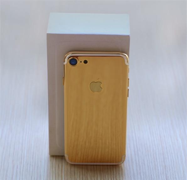 iPhone 7 mạ vàng cho Valentine được chào giá từ 35 triệu đồng - Ảnh 3.