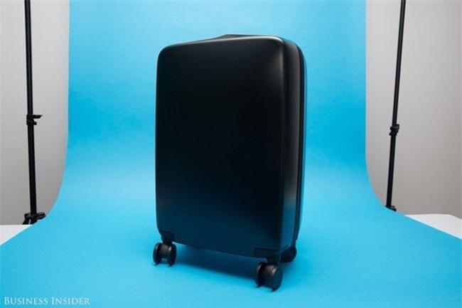 Chiếc vali được 10.000 người chờ mua