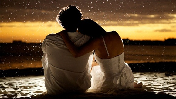Chồng kiên nhẫn chờ vợ thử váy giảm giá và câu nói khiến anh nghẹn ngào - Ảnh 4.