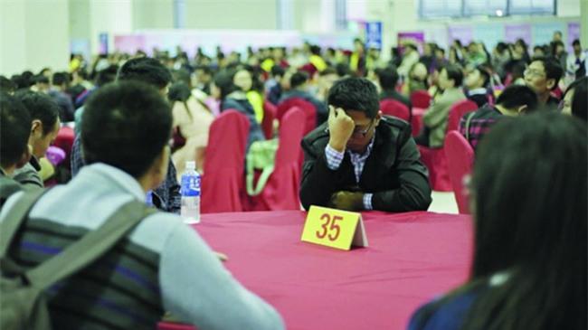 30 triệu người Trung Quốc sẽ ế vợ trong 3 thập kỷ tới - Ảnh 1.