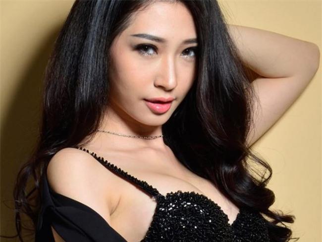ban-gai-sexy-chan-dai-the-nay-bao-sao-ngo-kien-huy-si-me-suot-7-nam-blogtamsuvn011