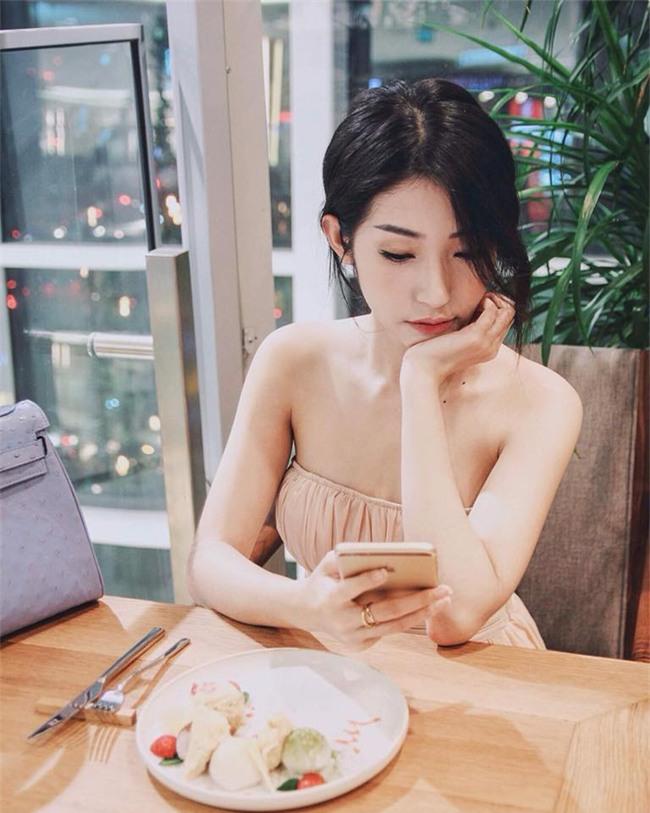 ban-gai-sexy-chan-dai-the-nay-bao-sao-ngo-kien-huy-si-me-suot-7-nam-blogtamsuvn06