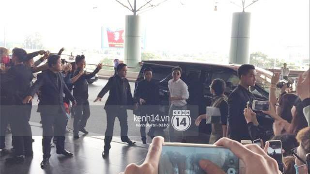 Cập nhật: Seungri diện áo sơ mi trắng soái ca, xuất hiện cực cool ngầu tại sân bay - Ảnh 11.