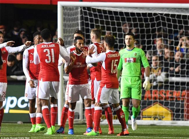 Vượt qua đội bóng nghiệp dư, Arsenal thẳng tiến vào tứ kết FA Cup - Ảnh 13.