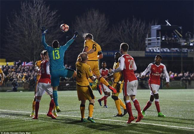 Vượt qua đội bóng nghiệp dư, Arsenal thẳng tiến vào tứ kết FA Cup - Ảnh 15.
