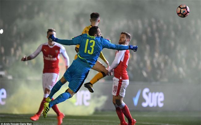 Vượt qua đội bóng nghiệp dư, Arsenal thẳng tiến vào tứ kết FA Cup - Ảnh 17.
