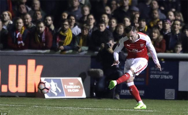 Vượt qua đội bóng nghiệp dư, Arsenal thẳng tiến vào tứ kết FA Cup - Ảnh 7.
