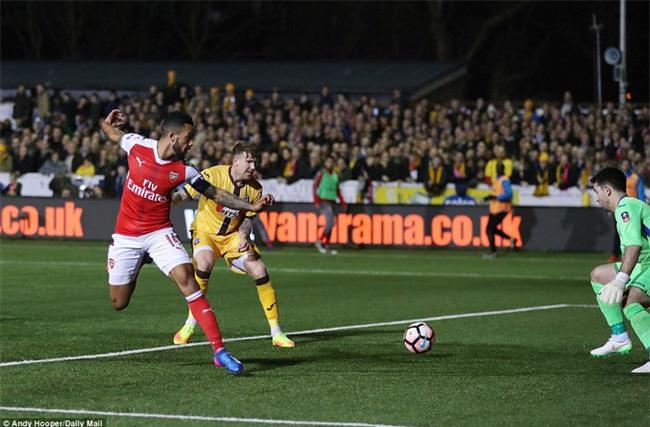 Vượt qua đội bóng nghiệp dư, Arsenal thẳng tiến vào tứ kết FA Cup - Ảnh 8.