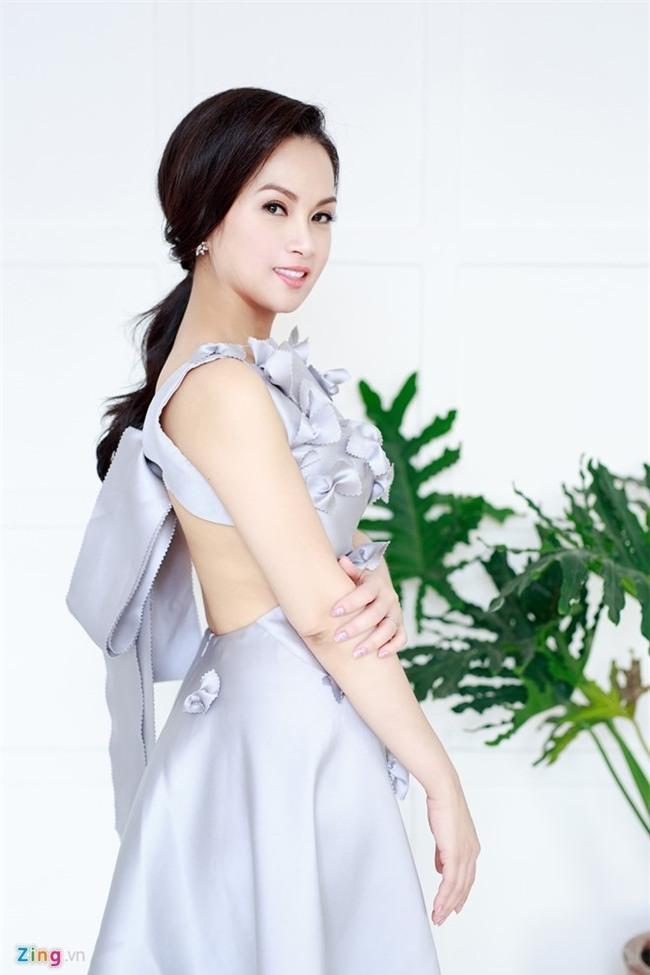 Ha Phuong len tieng ve tin mau thuan voi chi gai Cam Ly hinh anh 3