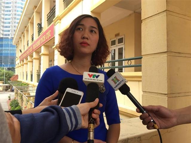 Cô Nhung, chủ nhiệm lớp cháu Kiên cho biết, mình hài lòng với quyết định kỉ luật của Hội đồng kỉ luật quận