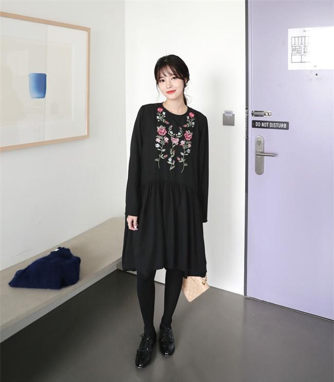 Váy áo họa tiết thêu: Đâu mới là kiểu dáng đáng sắm nhất cho Xuân/Hè 2017 này - Ảnh 6.
