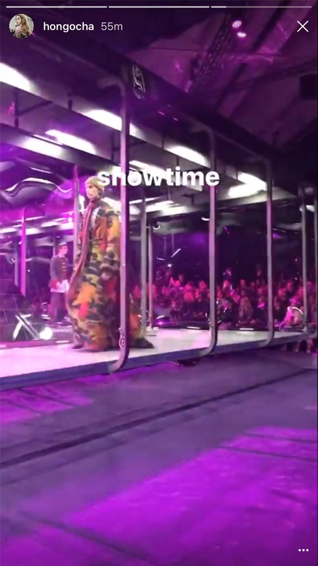 HOT: Hồ Ngọc Hà diện set đồ hàng trăm triệu, dự show Gucci đang khiến dân tình điên đảo vì quá đỉnh - Ảnh 12.
