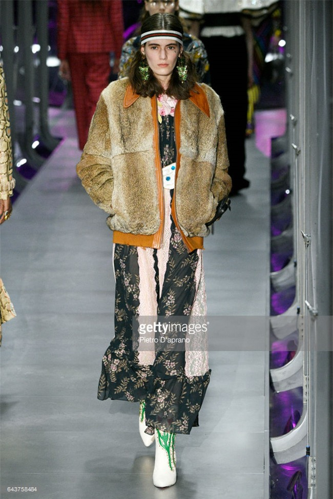 HOT: Hồ Ngọc Hà diện set đồ hàng trăm triệu, dự show Gucci đang khiến dân tình điên đảo vì quá đỉnh - Ảnh 17.