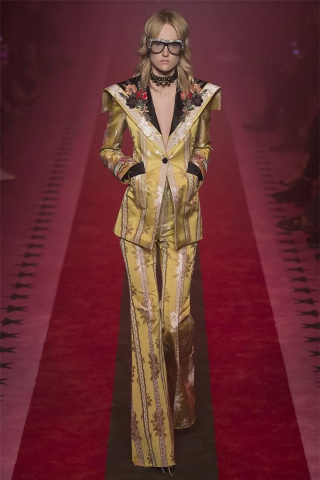 HOT: Hồ Ngọc Hà diện set đồ hàng trăm triệu, dự show Gucci đang khiến dân tình điên đảo vì quá đỉnh - Ảnh 5.