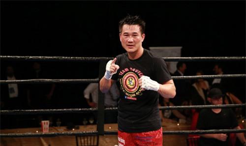 """Boxing: Võ sĩ gốc Việt đo ván """"Đông phương bất bại"""" Mỹ - 1"""