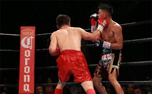 """Boxing: Võ sĩ gốc Việt đo ván """"Đông phương bất bại"""" Mỹ - 2"""